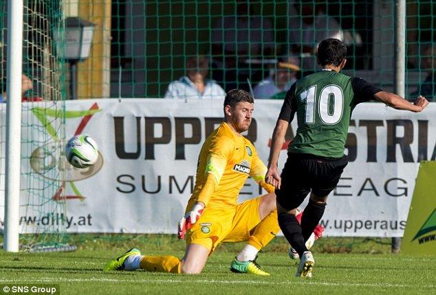 Одил Ахмедов забил гол в ворота шотландского Селтика