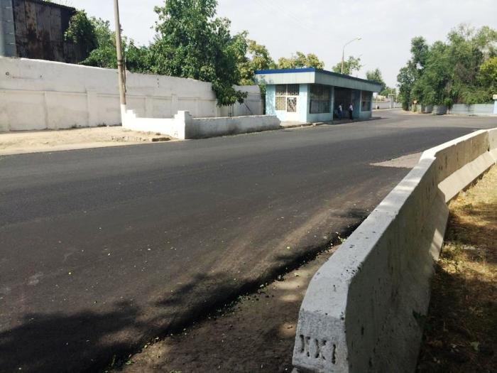 В Ташкенте отремонтировали одну из самых разбитых дорог