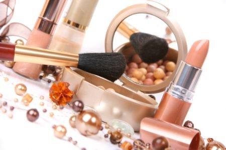 Украшающая косметика, рекомендации и средства для ухода за шкурой и волосами