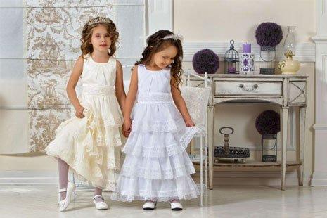 Торжественные платьица для девченок: приобретать либо шить?